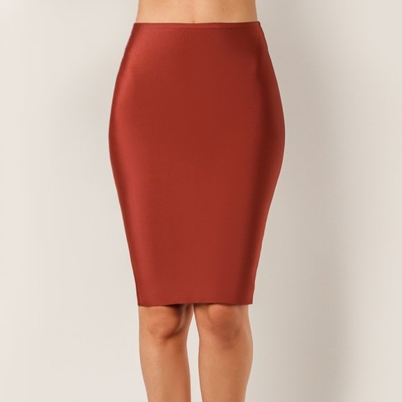 d2e17665e39 Maroon Fitted to High Waisted Bandage Skirt